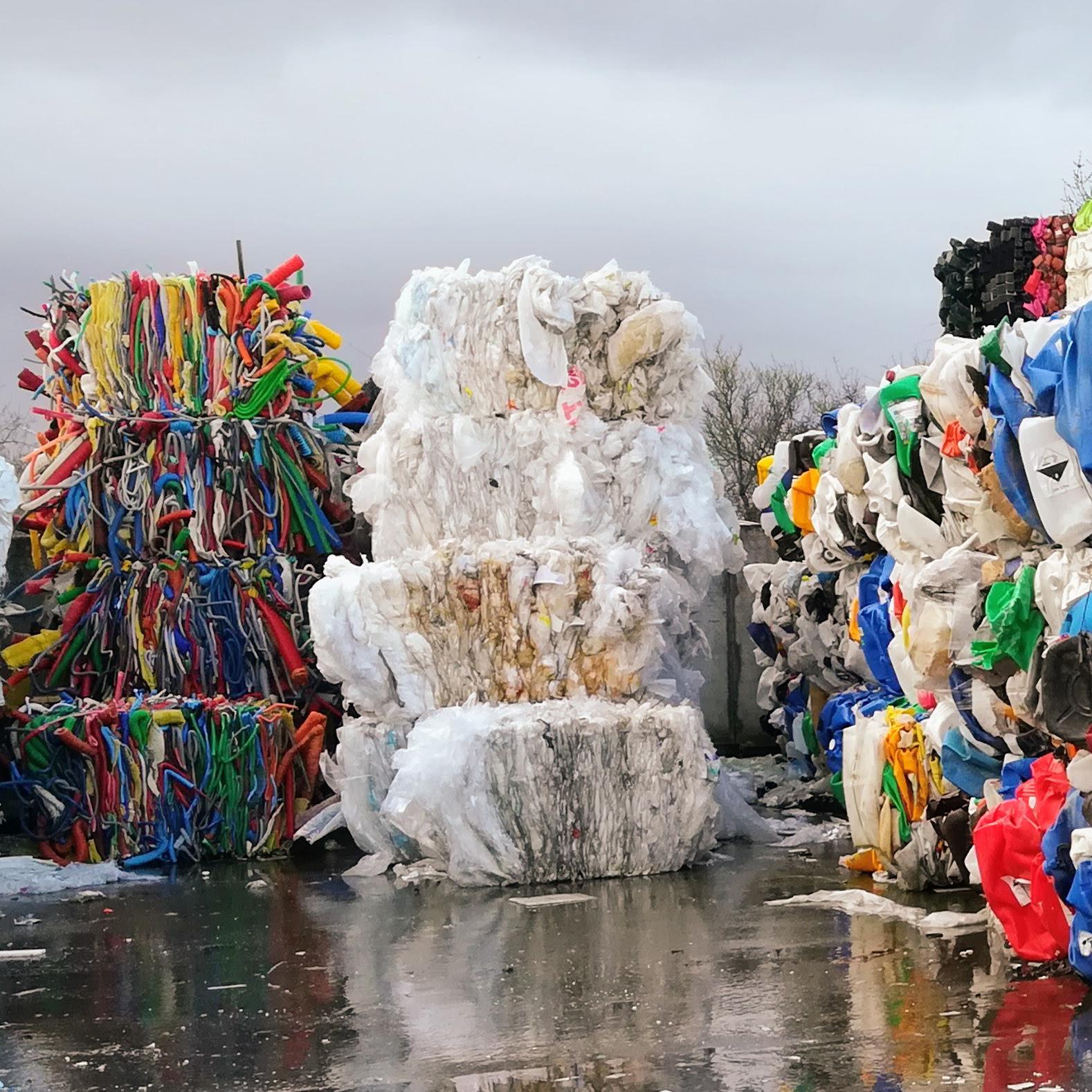 Les plastiques : comment optimiser la ressource ?