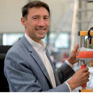 Pascal Denoël, Groupe ZeKat, Beaucouzé : fleuron de la haute technologie