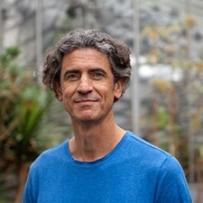 Yannick Roudaut, Prospectiviste et conférencier